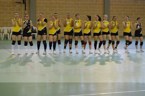 01-01-team tania_volley