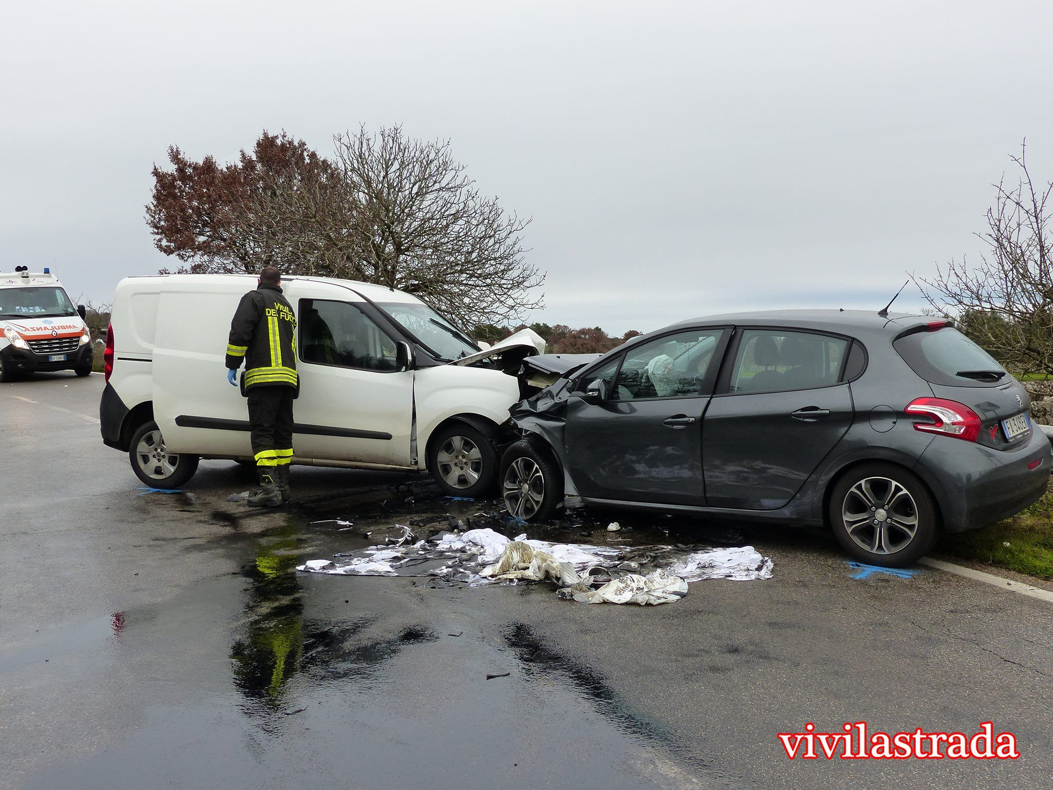 01 05 Incidente Noci Alberobello 2
