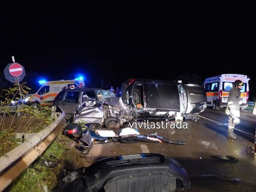 11 22 incidente putignano