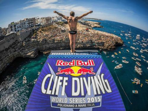 09 13 red bull cliff diving polignano 2015